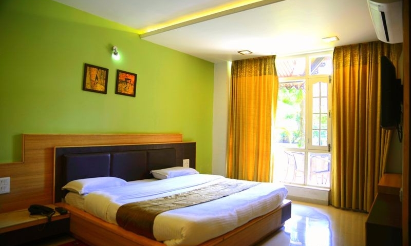 silver-oak-best-affordable-garden-family-hotels-in-mount-abu-12