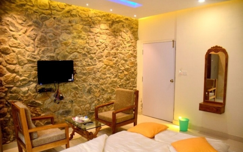 hotels-close-to-nature-in-mount-abu-topppers