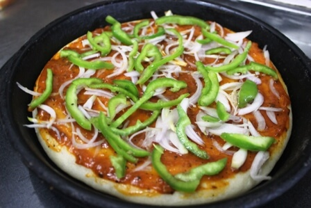 classic-pizza-mount-abu-pizza-crust
