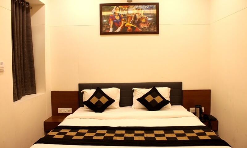 hotels-in-mount-abu-munt-view