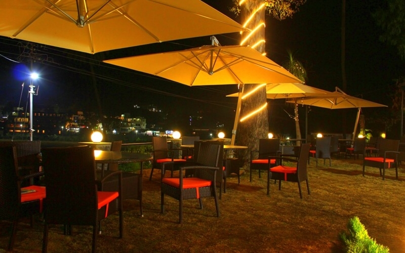 mount-view-garden-restaurants-in-mount-abu