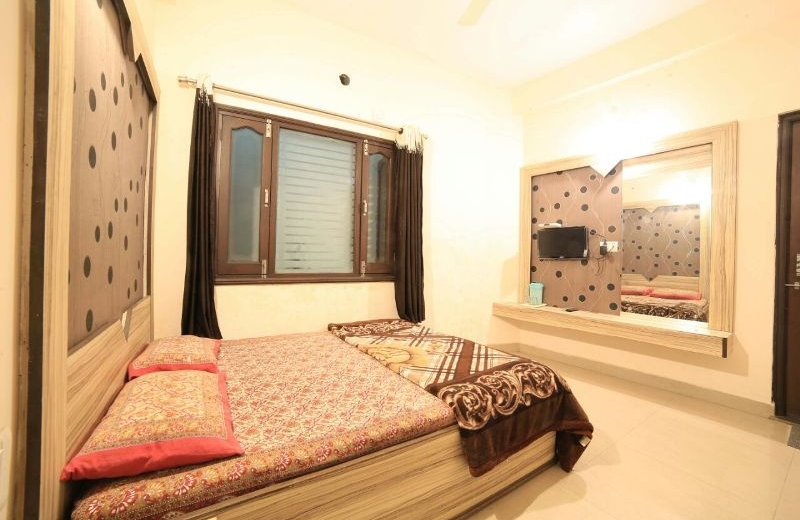 home-inn-mount-abu-guest-house-01