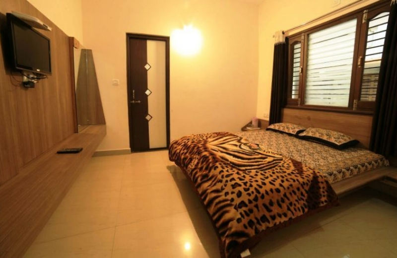 home-inn-mount-abu-guest-house-03