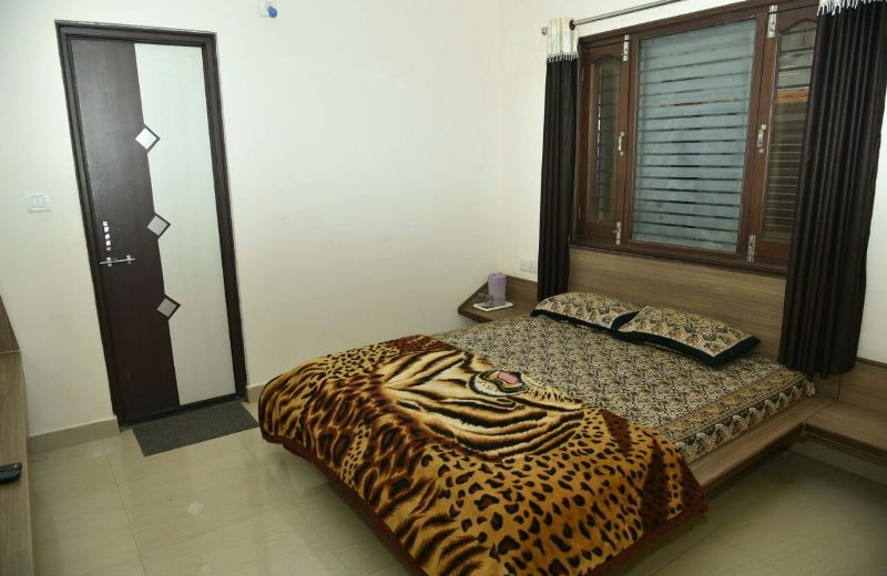 home-inn-mount-abu-guest-house-04