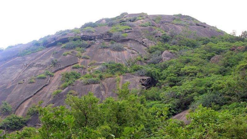 adhar-devi-temple-mount-abu-17