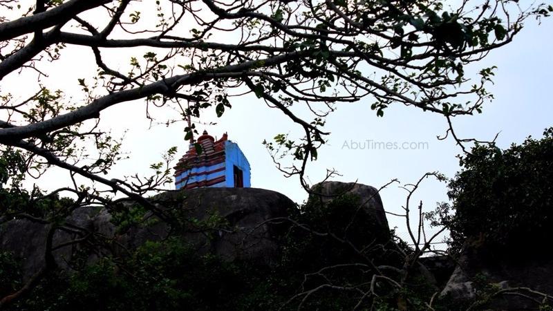adhar-devi-temple-mount-abu-6