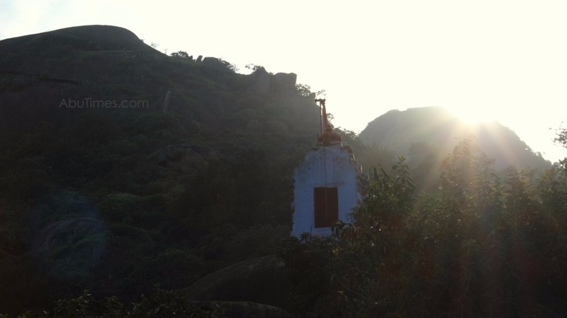 adhar-devi-temple-mount-abu-7