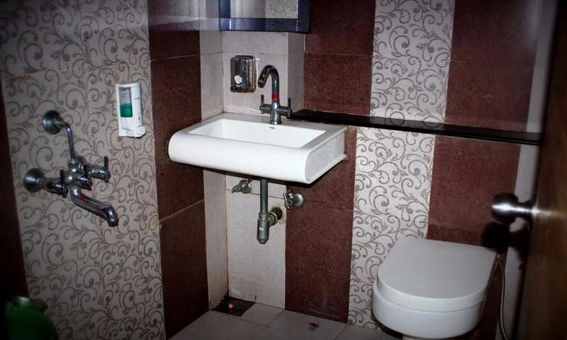 hotels-vishram-near-bus-stand-mount-abu
