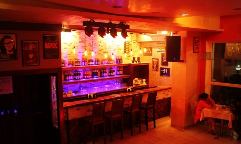 karaoke-chacha-cafe-mt-abu