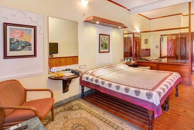 hotel-kesar-bhawan-mount-abu-guest-rooms-