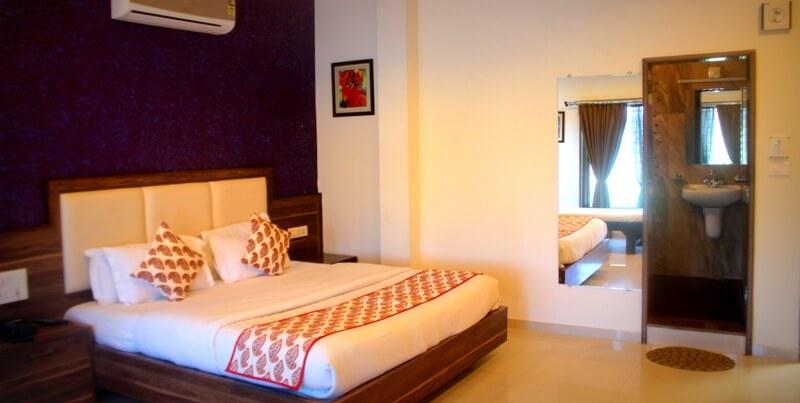 hotel mount abu delwara