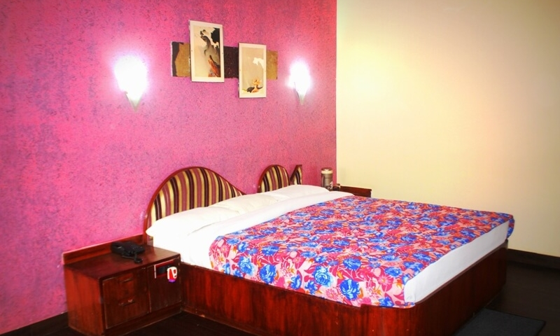 budget-hotel-rooms-mt-abu