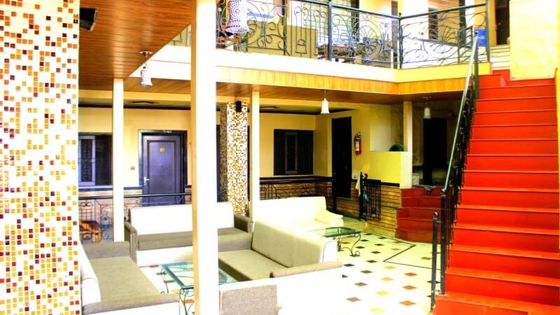 mount-abu-saraswati-hotel