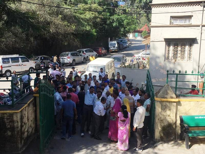 mount abu protest for building bylaws