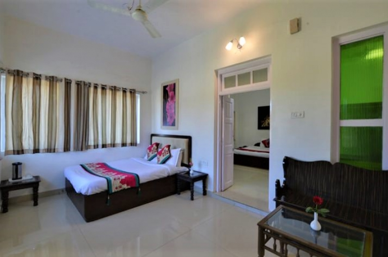 mount-abu-family-rooms
