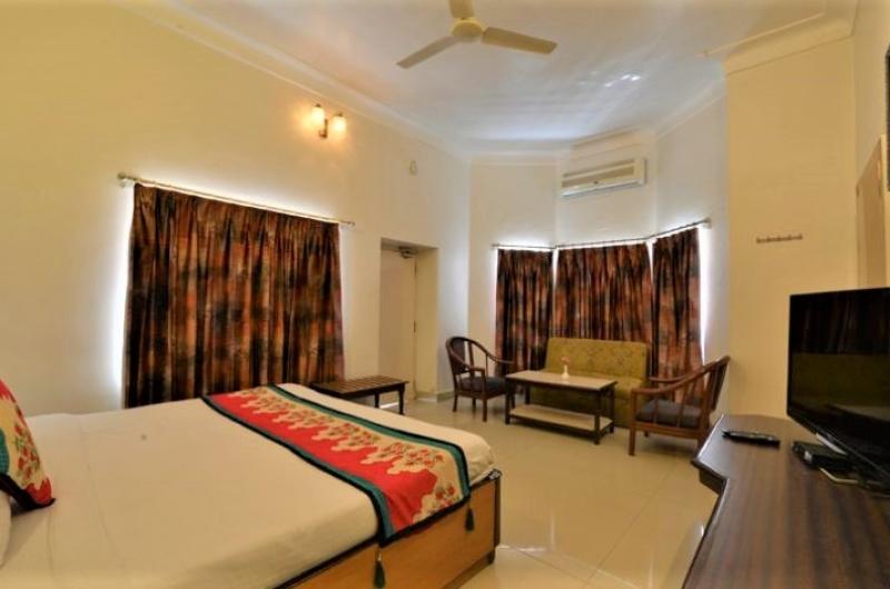 mt-abu-karnavati-hotel